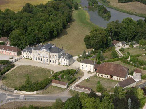 Château d'Arcelot à Arceau (21)