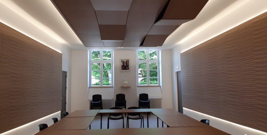 Bureaux et salle d'honneur Mairie de Lugny (71)